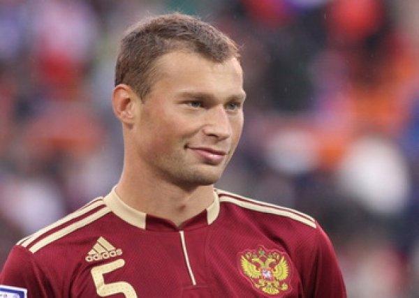 Василий Березуцкий сломал позвоночник в матче ЧЕ-2016