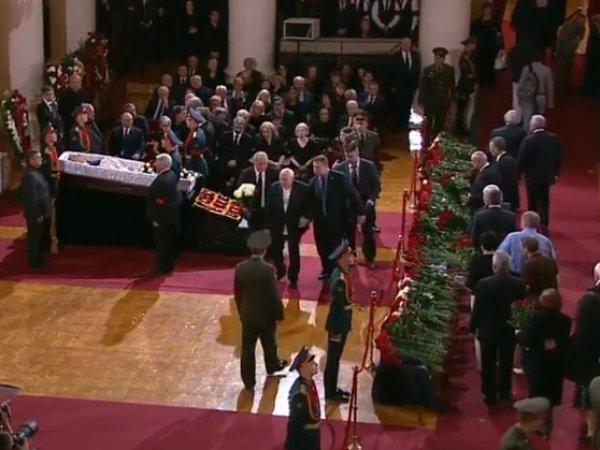 Церемония прощания с Евгением Примаковым: онлайн-трансляция доступна в Сети (ВИДЕО)