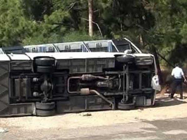 Под Волгоградом перевернулся автобус Москва – Махачкала: 18 пострадавших