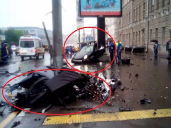 В центре Москвы Porsche-911 врезался в столб: погиб сын экс-губернатора Иркутской области