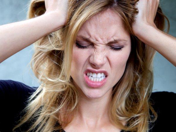 Учёные: стресс ускоряет старение организма женщины
