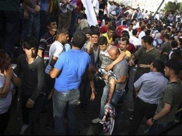 В Турции в результате взрывов на митинге пострадало около 150 человек