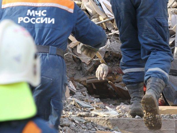 В Великом Новгороде в здании ОМОНа обрушилась крыша: погибли пять человек