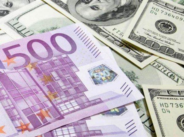 Курс доллара и евро сегодня, 3 июля 2015: нефть падает и тянет за собой рубль – эксперты