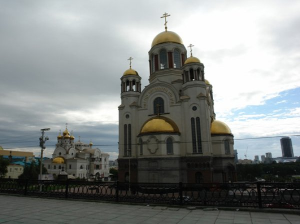 В Екатеринбурге на месте расстрела царской семьи покончил с собой мужчина по фамилии Романов