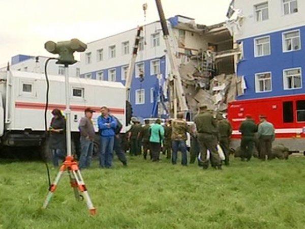 Обрушение казармы в Омске: жертвами трагедии стали 23 человека