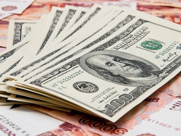 Курс доллара и евро на 1 августа 2015: эксперты говорят о том, что рубль игнорирует решение Центробанка России