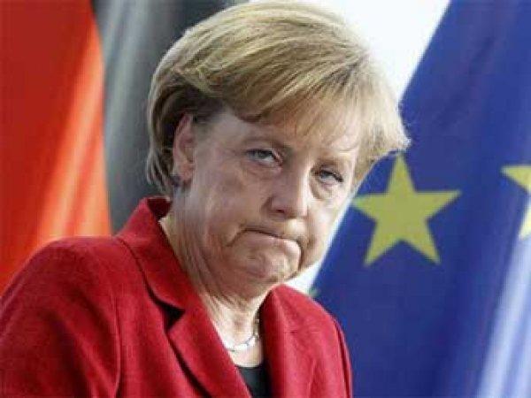 WikiLeaks: АНБ США прослушивало телефоны Меркель, Шредера и Коля