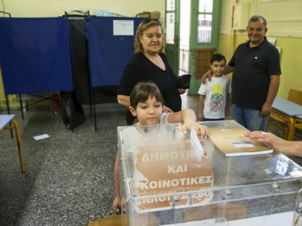 Референдум в Греции 2015: 5 июля началось голосование по соглашению с кредиторами