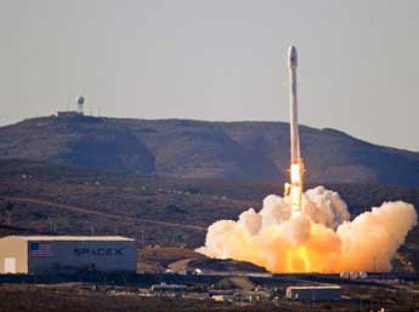 Разработчик назвал причину крушения американской ракеты Falcon 9