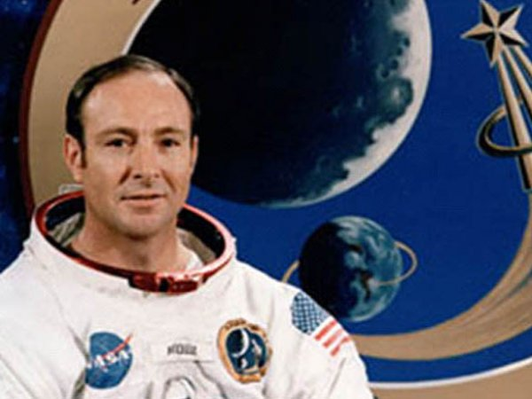 Астронавт Митчелл: НЛО сбивали американские ракеты