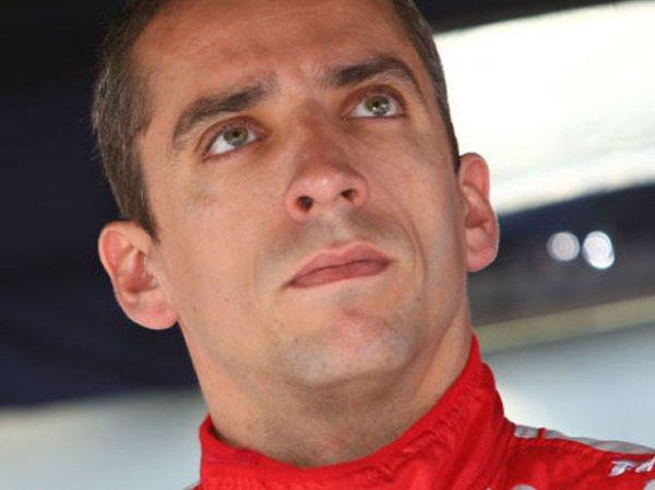 "Пилот ""Формулы 1"" Джастин Уилсон умер после аварии в гонке ""Индикар"""