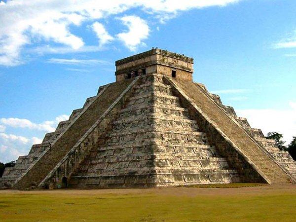 В священном городе Майя в Мексике обнаружено подземное озеро