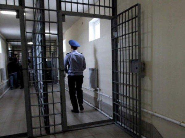 Задержанный повесился в отделении полиции в Москве