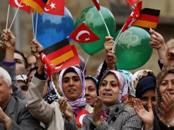 Германия пригрозила запретить Шенген из-за наплыва мигрантов