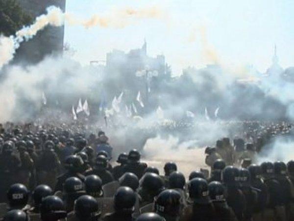 Беспорядки в Киеве 31 августа: во время штурма Верховной Рады погибли люди (фото, видео)