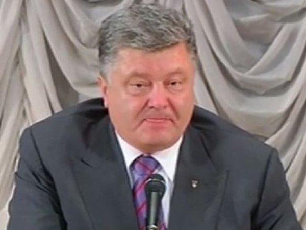 СМИ: Порошенко пьет и орет на депутатов