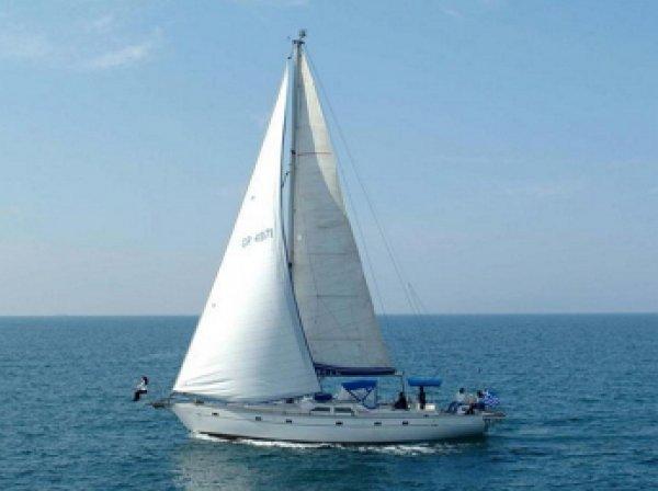 Сын украинского депутата отметил свадьбу в Крыму на яхте под флагом РФ