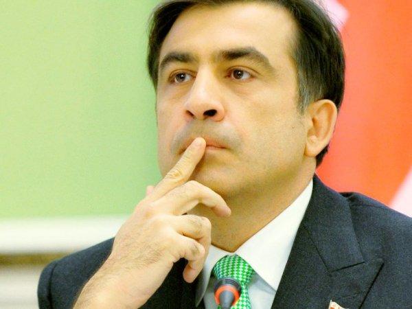 На сайте Порошенко собирают подписи за назначение Саакашвили премьер-министром