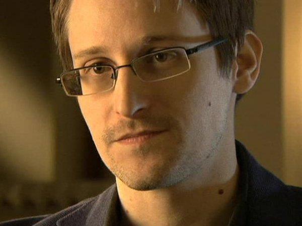 Первый твит Эдварда Сноудена произвёл фурор в Сети