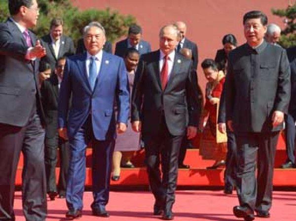 Парад Победы в Пекине 2 сентября 2015: Путину в Китае показали новые ракеты, которые пробьют американскую ПРО (фото, видео)
