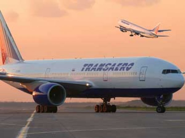 Медведев назвал источник проблем компании «Трансаэро»