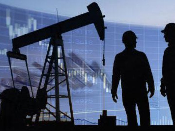 Курс доллара на сегодня, 10.09.2015: МЭР ухудшило прогноз по курсу доллара и ценам на нефть