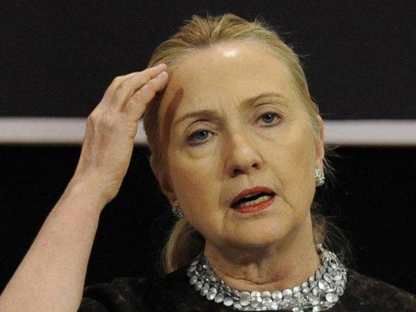 Госдеп США опубликовал более 7 тысяч страниц переписки Хилари Клинтон