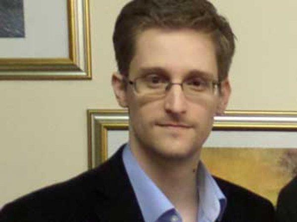 Сноуден раскритиковал Россию за ограничение Интернета и нетерпимость к гееям