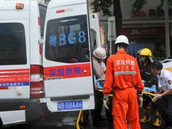 В Китае автобус перевернулся из-за пролитого вина: погибли 12 человек