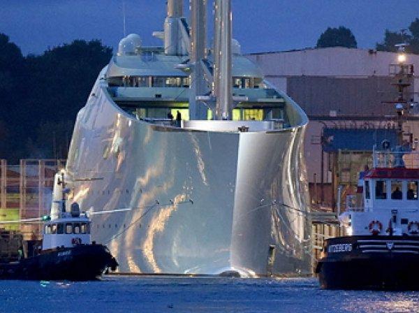 Крупнейшая в мире парусная яхта российского олигарха спущена на воду