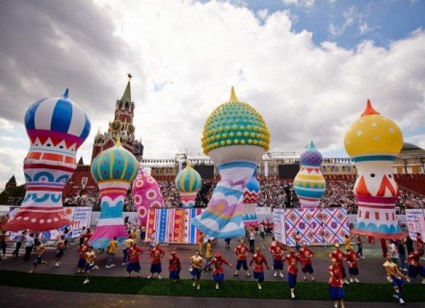День города в Москве 2015: мероприятия откладываются из-за непогоды