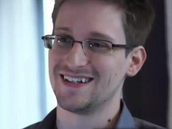 Европарламент потребовал от ЕС прекратить преследование Эдварда Сноудена