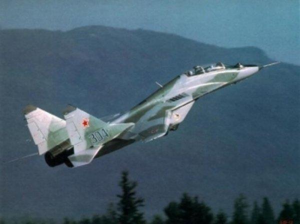 СМИ: пилотам НАТО разрешили атаковать самолеты РФ