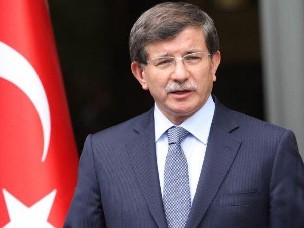 Премьер Турции предложил Асаду навсегда остаться в России