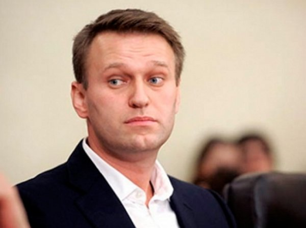 Навальный вновь скрылся от пришедших описывать имущество приставов