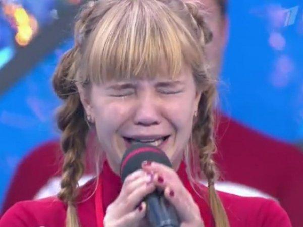 """Шоу """"Вместе с дельфинами"""" на """"Первом канале"""" требуют закрыть (видео)"""