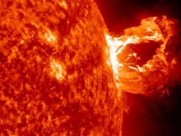 NASA опубликовало видео свермощного взрыва на Солнце