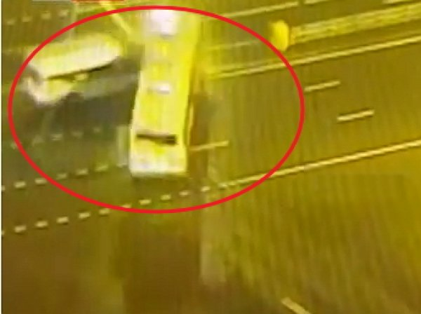 Авария на Рязанском проспекте сейчас 19 ноября: 17 человек пострадали в ДТП с участием автобуса в Москве (видео)