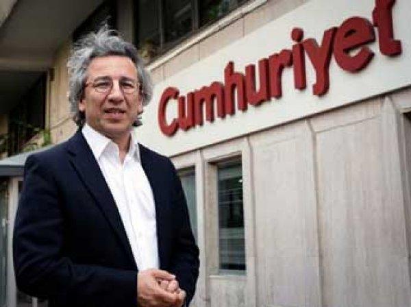 В Турции за новость о связях Эрдогана с ИГИЛ арестованы журналисты