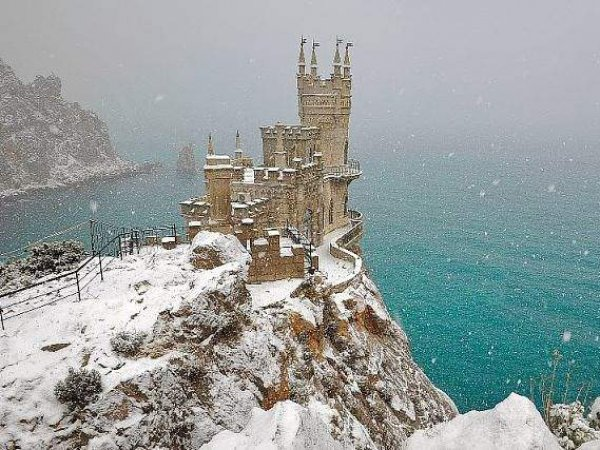 Отельеры рассказали, во сколько обойдутся новогодние туры в Крым