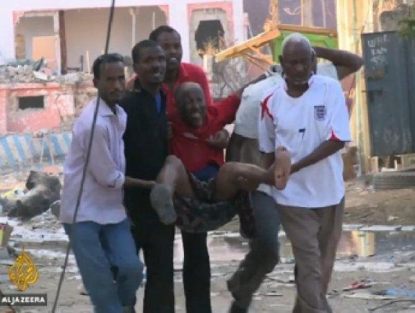 В столице Сомали террористы напали на отель: погибли 15 человек