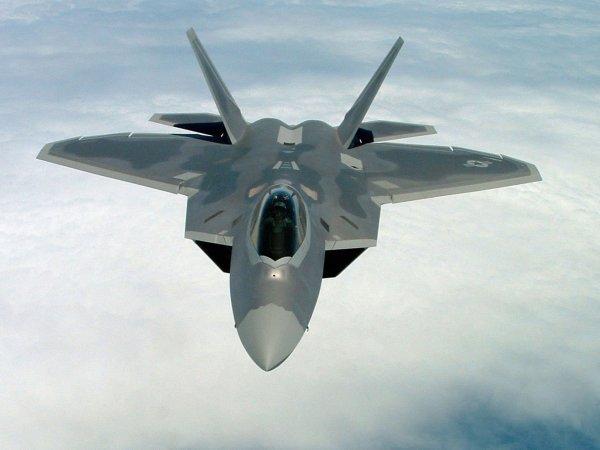 СМИ: в Сирии разбился военный самолет