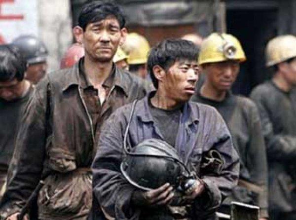При пожаре в шахте в Китае погибли более 20 человек