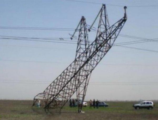 Крым без света 22.11.2015: в республике вводят графики отключения электричества и воды