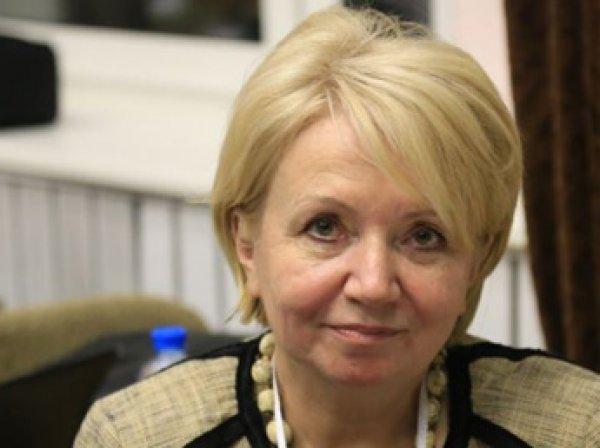 """Слабунова сменила Митрохина на посту председателя партии """"Яблоко"""""""