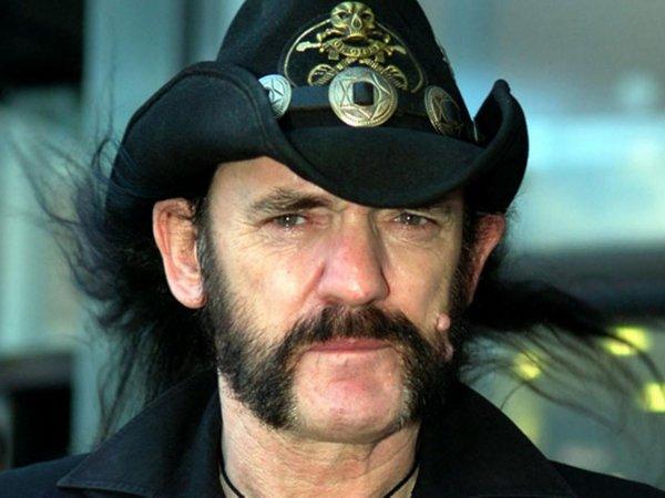 Основатель британской рок-группы Motorhead Лемми умер от рака в возрасте 70 лет