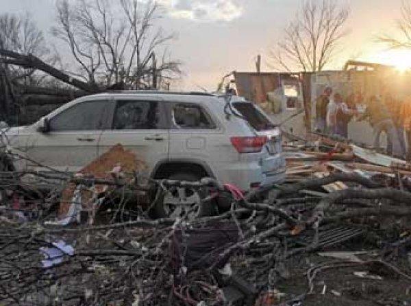 Торнадо на юге США: люди пропадают без вести, шестеро погибших