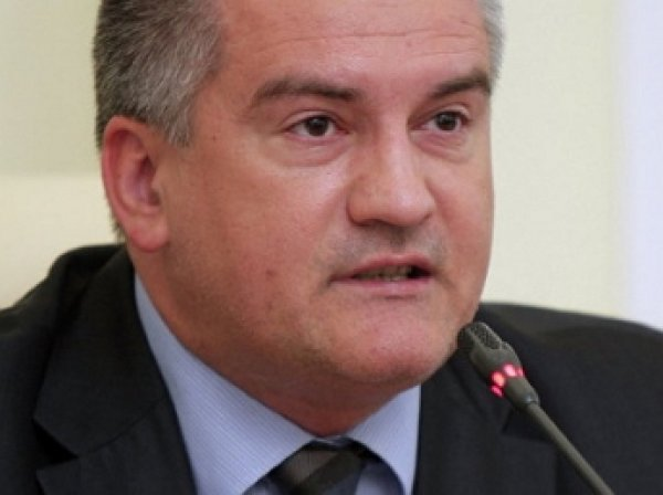 Аксенов отказался принимать украинскую электроэнергию