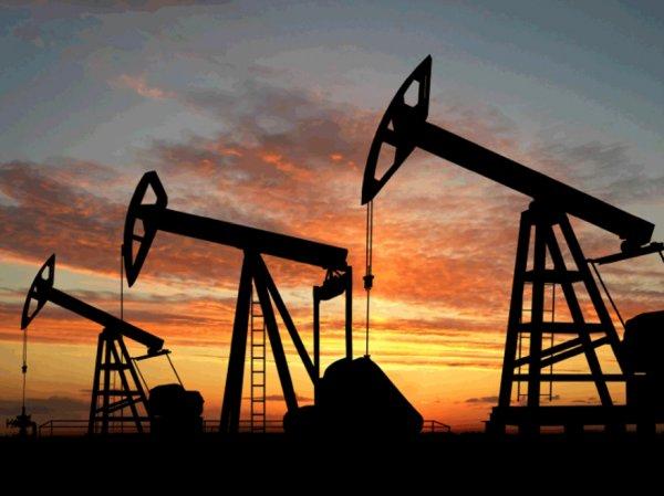 Нефть упала ниже 38 долларов за баррель